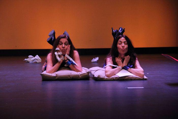 Externa Juventud. Teatro