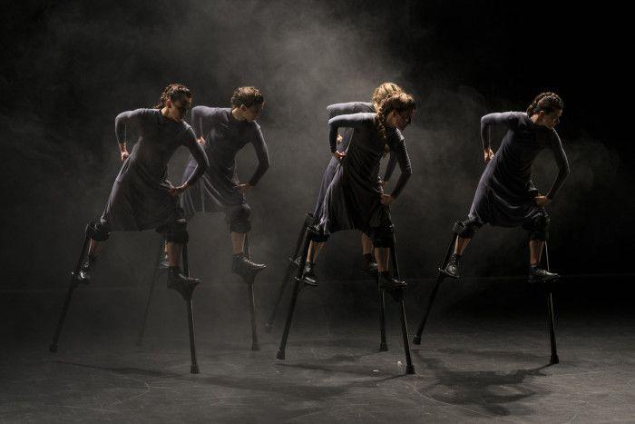 Danza elevada, mujeres de altura